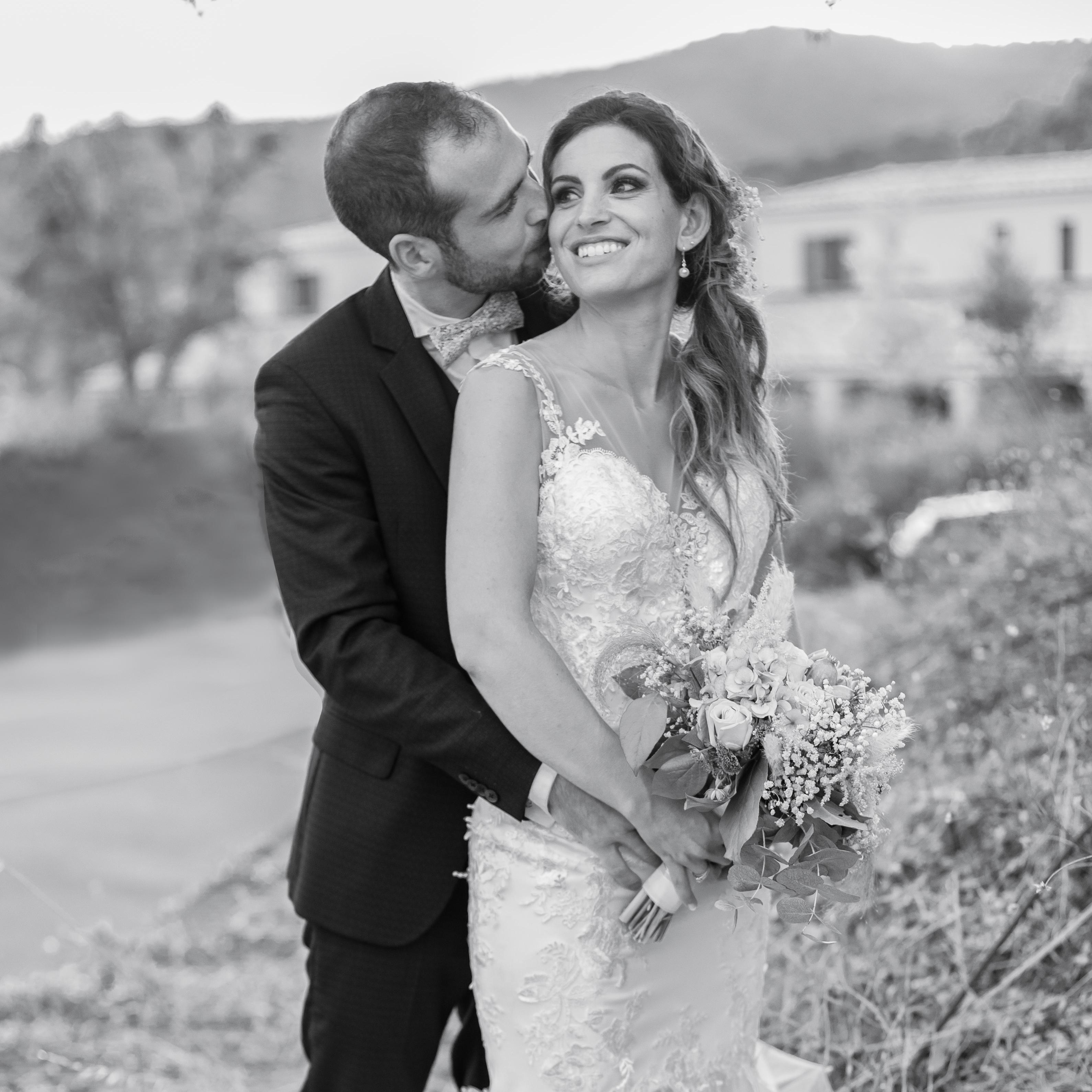 LE MARIAGE DE LAUREEN & KEVIN, À MI-CHEMIN ENTRE VAR ET CÔTE D'AZUR